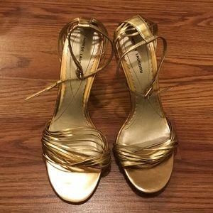 Cutest Gold Heels! Strappy on ankle, heel and toe